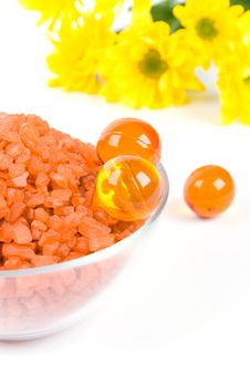 Free Bath Salt, Oil Balls In A Bowl And Yellow Flowers Royalty Free Stock Photos - 7944558