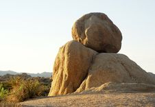 Free Boulders In Joshua Tree National Park Royalty Free Stock Images - 7947929