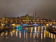 Free Kremlin View From The River At Night. Royalty Free Stock Photo - 7956495