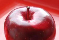 Free Red Apple Royalty Free Stock Photography - 7958887
