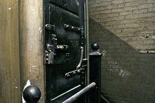 Free Heavy Iron Door Royalty Free Stock Photo - 7960155