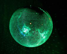 Free Lighting Green Mirror-ball Royalty Free Stock Images - 7963099