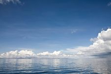 Free Lake Titicaca Waterscape Royalty Free Stock Images - 7965079