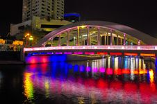 Free Bridge And Colorful Reflections Royalty Free Stock Photography - 7967117