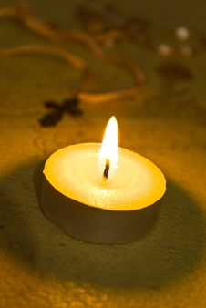 Free Candle And Cross Royalty Free Stock Image - 7967576