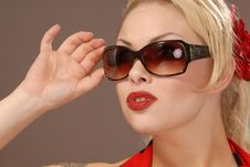 Free Pretty Girl In Sunglasses Stock Photography - 7971462