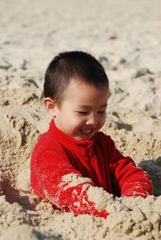 Free Cute Boy Royalty Free Stock Photography - 7974607
