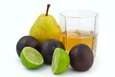 Free Group Of Fruits  With Glass Of Juice Stock Photo - 7976810