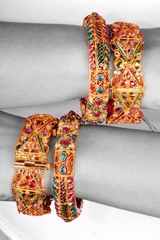 Free Golden Jewellery Stock Image - 7978221