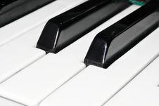 Free Piano Keyboard Royalty Free Stock Photography - 7979687