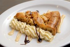 Free Apple Pie With A Cream Stock Photos - 7980893