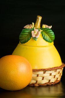 Free Ceramic Bowl Stock Photo - 7980950