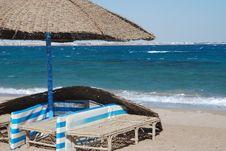 Free Umbrella On The Beach Royalty Free Stock Photography - 7982377