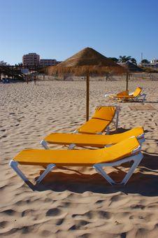 Free Yellow Beach Chairs Stock Image - 7984801