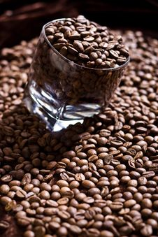 Free Glass Of Fresh Coffee 2 Stock Photography - 7987012