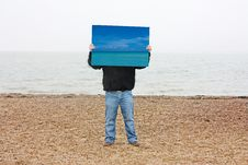 Free Man Holding Blue Sky Royalty Free Stock Photography - 7987517