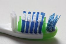 Free Toothbrush Royalty Free Stock Photos - 7988568