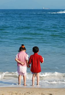 Free Kids In The Beach Royalty Free Stock Photo - 7988735