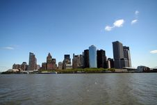 Free Lower Manhattan From Boat Royalty Free Stock Photography - 800527