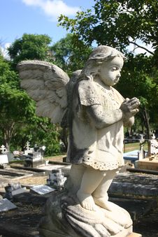Free CHILD GRAVE ANGEL Stock Photos - 802413