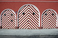 Free Striped Doors Stock Image - 805131