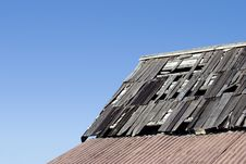 Free Weatherd Roof 1 Royalty Free Stock Images - 806969