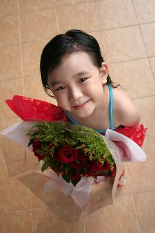 Free Girl Holding Bouquet Of Roses Stock Photography - 807512
