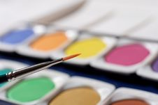 Free Paintbox With Brush Stock Photography - 807682