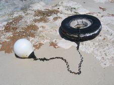 Free Bahamas Buoy Chain Weight Royalty Free Stock Photos - 808578