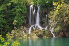 Free Waterfall Royalty Free Stock Image - 809756