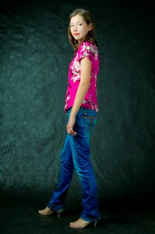 Free Girl Standing Turned Looking Apear Royalty Free Stock Images - 8000319