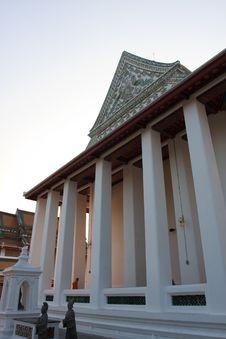 Free Ancient Wat Rachanadda In Thailand Royalty Free Stock Photos - 8000538