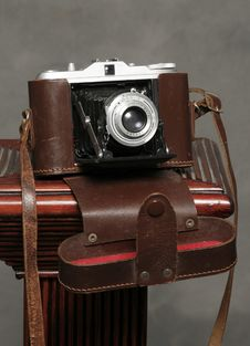 Free Vintage Camera Royalty Free Stock Images - 8003459