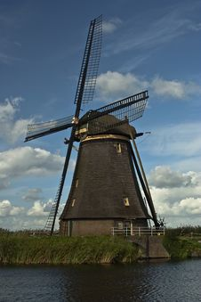 Free Windmill Royalty Free Stock Photos - 8005088