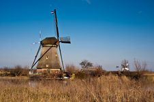 Free Beautiful Windmill Landscape At Kinderdijk Royalty Free Stock Photos - 8009988