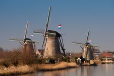 Free Beautiful Windmill Landscape At Kinderdijk Stock Photography - 8010242
