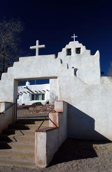Free White Adobe Church Stock Photo - 8012270