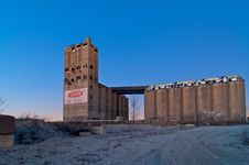Free Concrete Silo Royalty Free Stock Photo - 8012765
