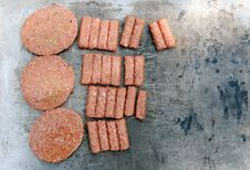 Free Raw Meat On Grill Stock Photography - 8019682