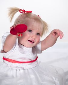 Free Smiling Child Shows Heart Stock Photos - 8020003