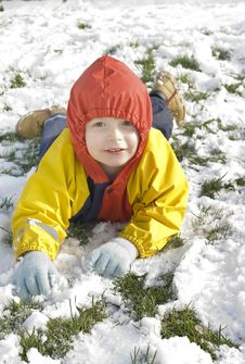 Free Little Boy In The Snow Royalty Free Stock Image - 8020166