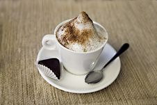 Free Cup Of Coffee Royalty Free Stock Photos - 8022958