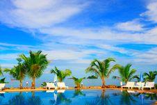 Free Pool On The Beach Stock Image - 8024811