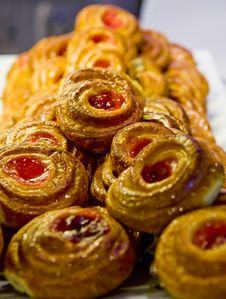 Free Cherry Danish Royalty Free Stock Photo - 8025155