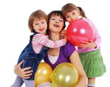 Free Mother And His Two Daughters Royalty Free Stock Photography - 8025237