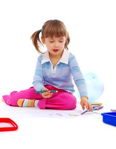 Free Little Girl Painting A Picture Stock Photography - 8025302