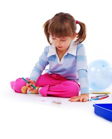 Free Little Girl Painting A Picture Royalty Free Stock Photos - 8025308