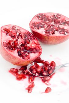 Free Pomegranate Seeds And Spoon Stock Images - 8026164