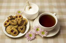 Free Tea And Biscuits Stock Images - 8027034