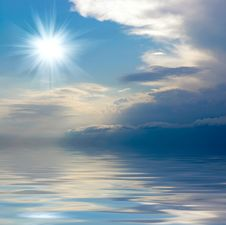 Free Blue Sky Over Water Royalty Free Stock Images - 8031109